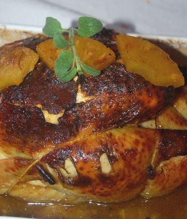 Poulet rôti au miel, épices et ananas