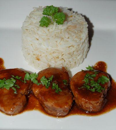 Filet mignon de porc au miel à l'orientale